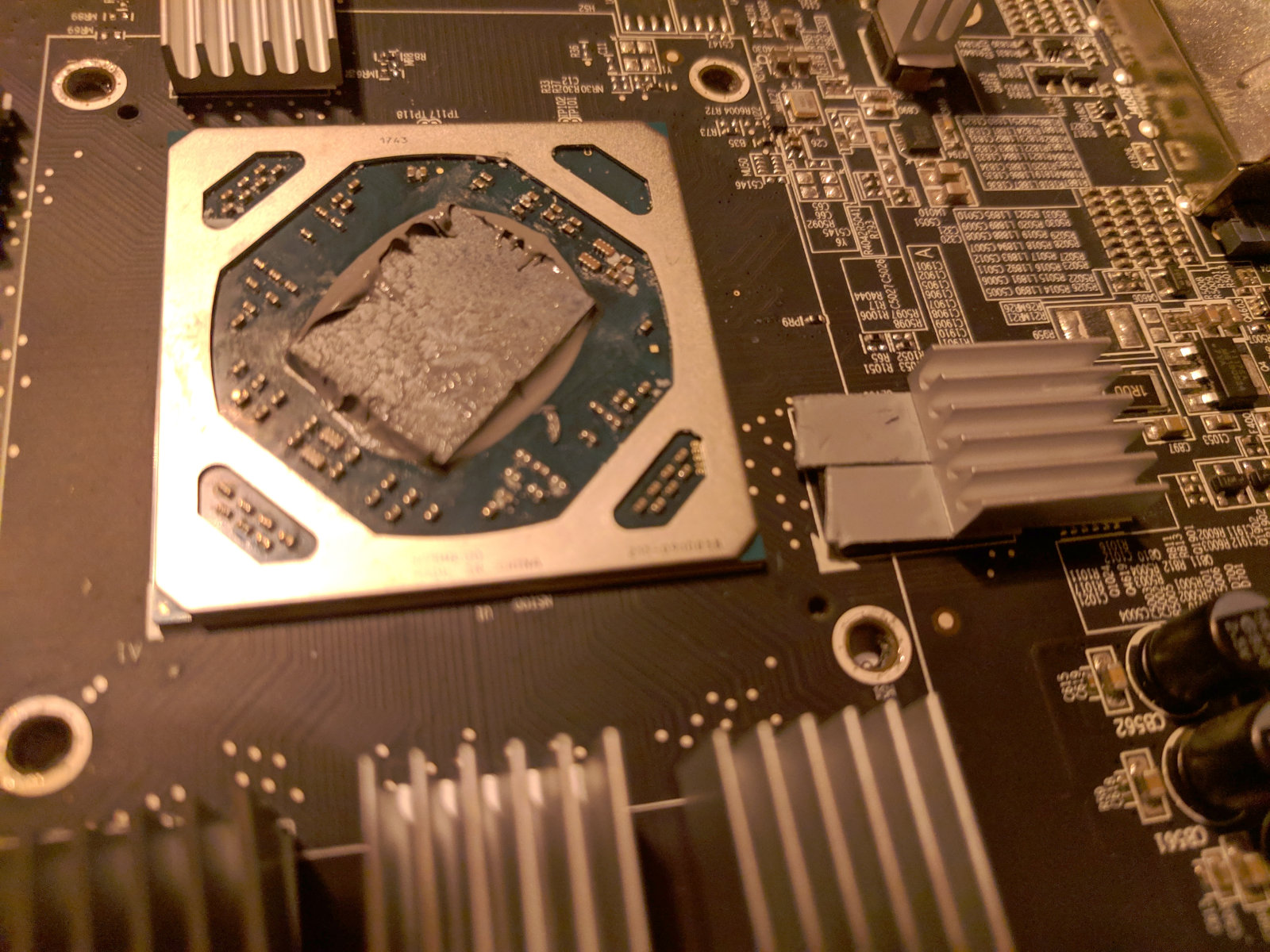 /blog/upload/15_thermalpad_heatsink_improv.jpg